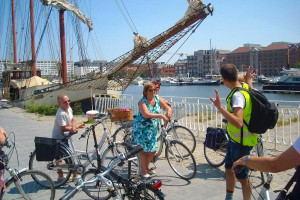 Antwerp_by_Bike_-_The–Guide