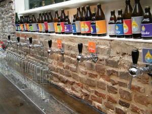 Brewery_de_Prael_-_Amsterdam_Beer_-_Proeflokaal-2