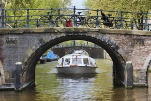 Canal_Company_Canal_Cruise_Amsterdam_main_Small
