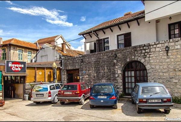 Hostel_Polako_-_Street