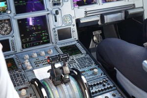 Boeing_737_Full_Motion_Flight_Simulator_-_Inside