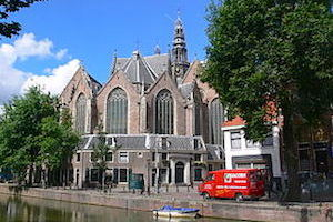 Old_church_amsterdam_-_Photo_Andreas_Praefcke_(wikimedia)