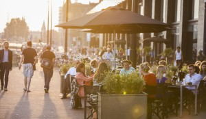 &Samhoud_Places_-_Streetfood_restaurant_terrace
