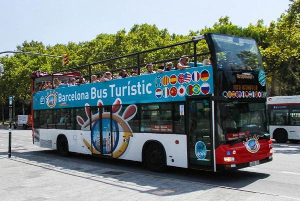 Barcelona_Hop-on_Hop-off_Bus_Tour_-_Bus_Turistic