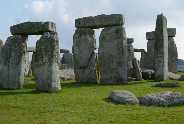 Stonehenge_Tour_-_Stongehenge_Close-up