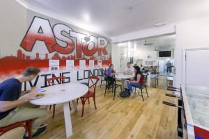 Astor_Hostel_Hyde_Park_-_dining_area