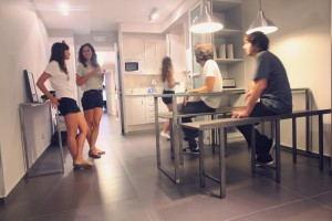 Don_Moustache_Hostel_-_Kitchen