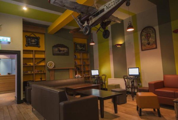 Sky_Backpackers_-_Lounge_Area