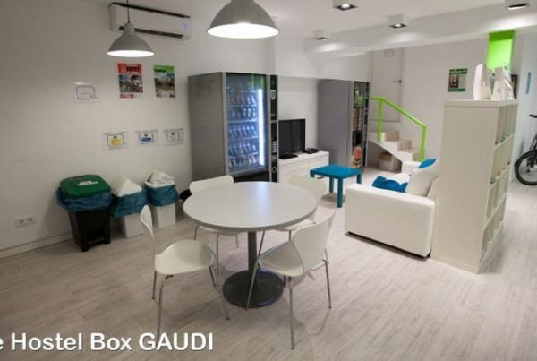 The_Hostel_Box_Gaudi_-_Common_Room