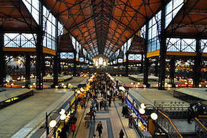 Budapest_great_market_hall-Dd-ang2s(Wikimedia)