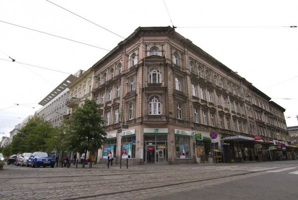 Cinnamon_Hostel_Poznan_-_Building