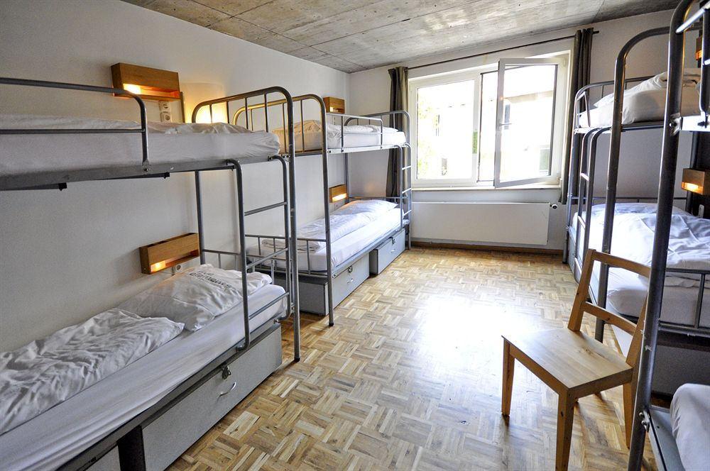 book at five elements hostel frankfurt here. Black Bedroom Furniture Sets. Home Design Ideas
