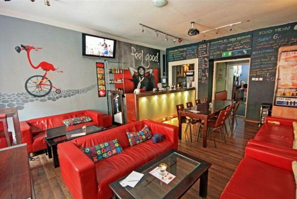 Flamingo_Hostel_-_Common_Room