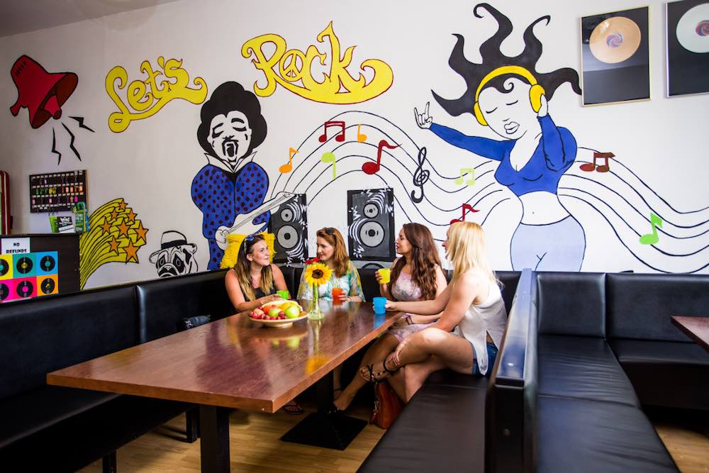 Let's_Rock_Hostel_-_Lounge_Area