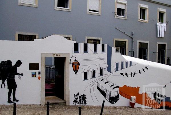 Lisbon_Oldtown_Hostel_-_Outside