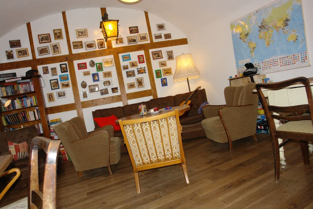 Common room in Lotte - The Backpackers