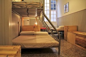 Ostellin_Genova_Hostel_-_Wood