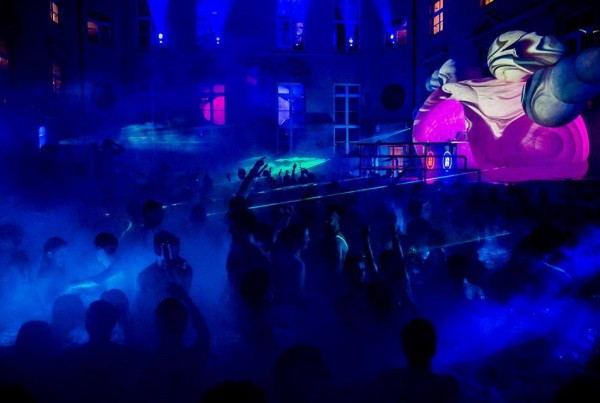 Retox_Party_Hostel_-_Party