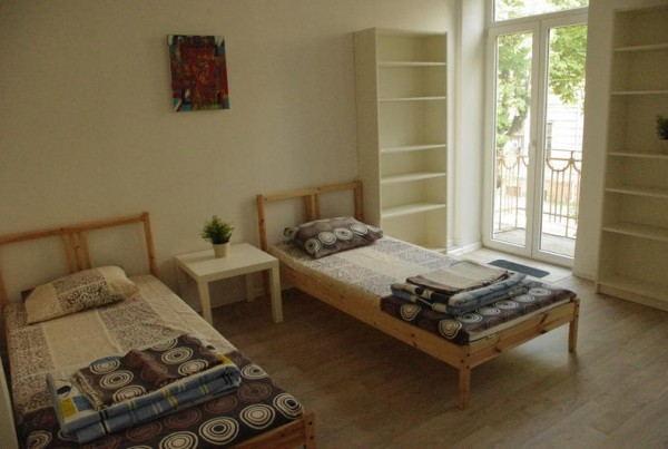 Summer_Hostel_-_Bedroom