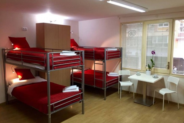 Barcelona_Bruc_Hostel_I_&_II_-_Dorm